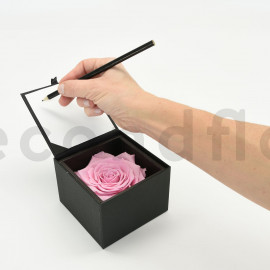 Bloominbox XL - Black case - Preserved light pink rose